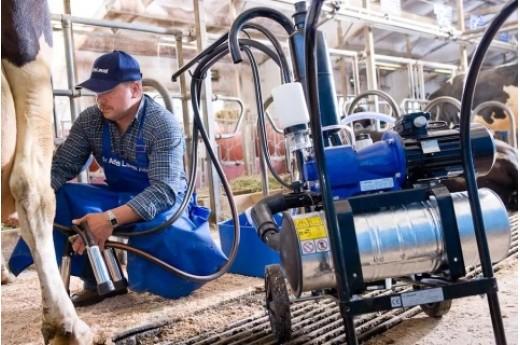 Обслуживание доильного оборудования и производственных линий