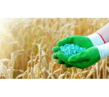 Квоты на импорт удобрений: как фермеры будут спасать химический бизнес олигархов